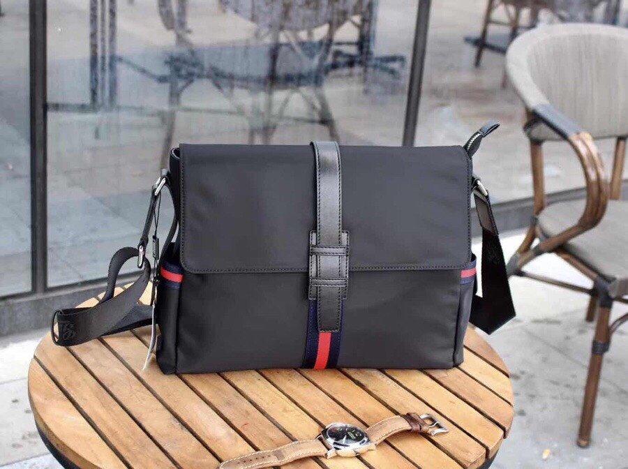 ボディバッグ メンズ ブランド 安い-グッチ コピー 黒 ナイロン ショルダー 斜めがけ鞄 革 2020 人気偽物高品質店舗