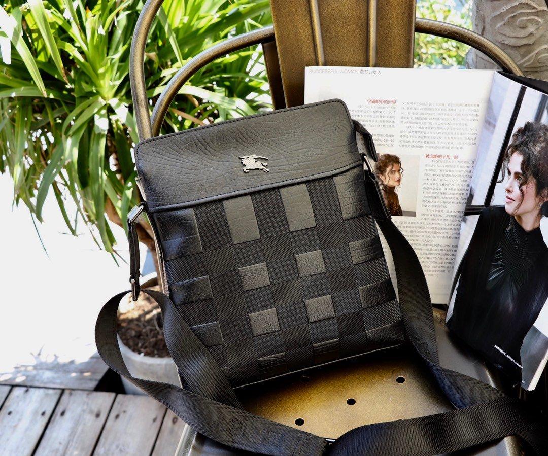 バッグ 斜めがけ メンズ ブランド-偽物 バーバリー 黒 レザーボディバッグ  ソフト高品質ショルダー ハイエンド N級コピー店舗