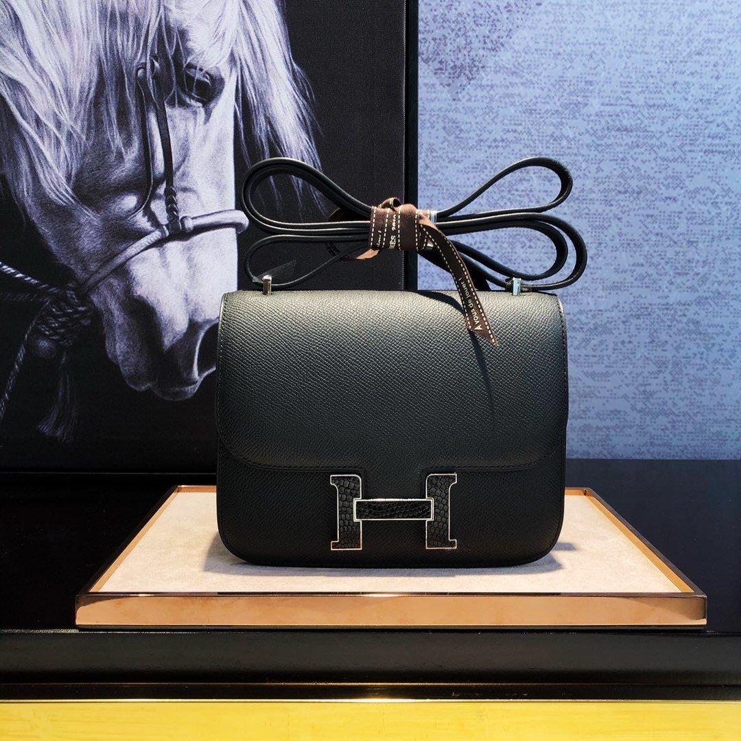 エルメス コンスタンス コピー-黒 ミニ レザー ショルダーバッグ ゴールドHロゴ ハンドメイド 19cm 客室乗務員用バッグ