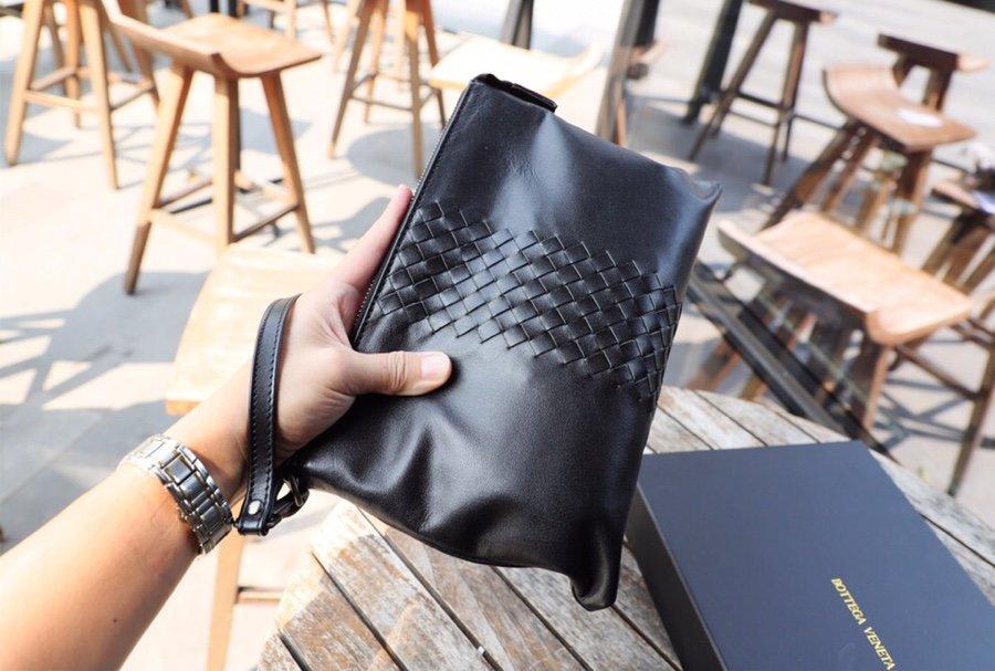 メンズ ブリーフケース 革 ブランド-偽物 ボッテガヴェネタ 黒 クラッチバッグ ソフトカーフスキン 高品質N級コピー店舗